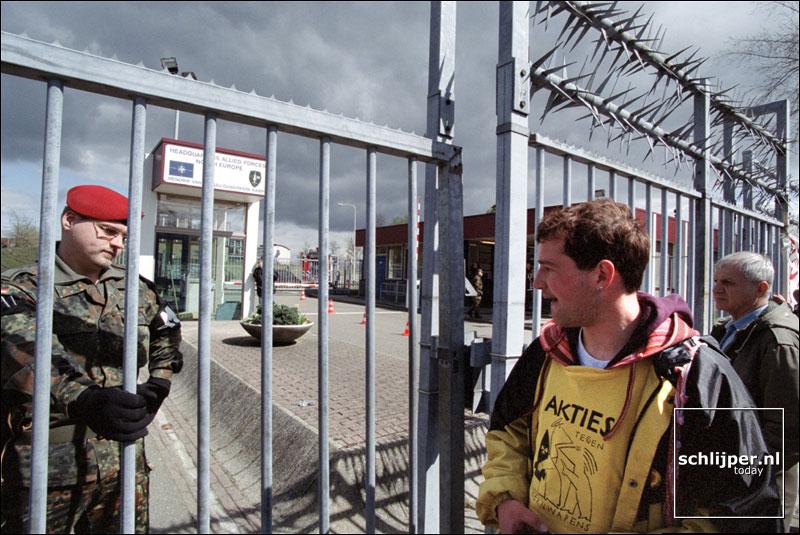 Nederland, Brunssum, 16 april 2001.