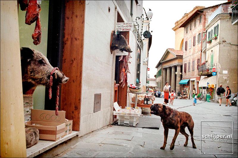 Italie, Castiglione del Lago, 10 juni 2001.