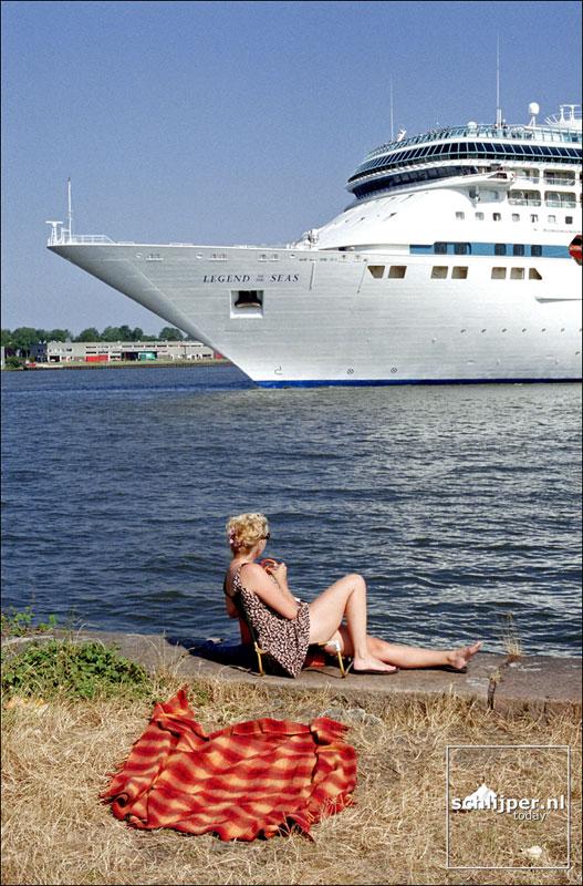 Nederland, Amsterdam, 5 juli 2001.