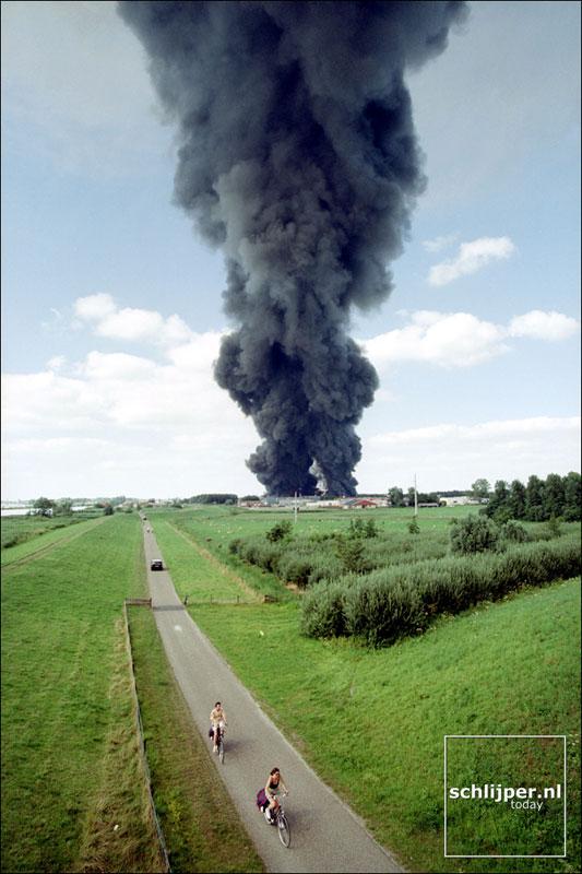 Nederland, IJsselmuiden, 1 augustus 2001.