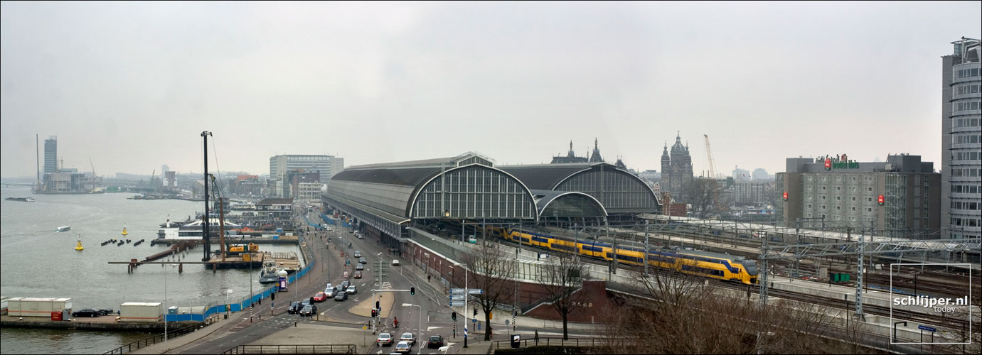 Nederland, Amsterdam, 11 maart 2004