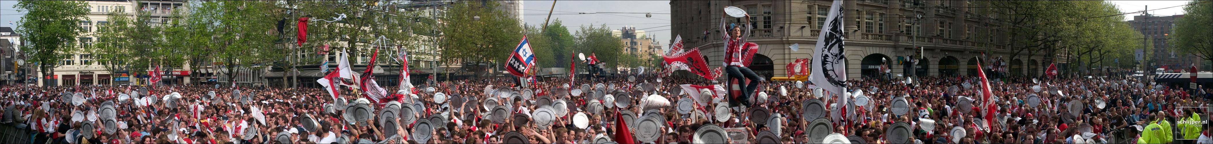 Nederland, Amsterdam, 9 mei 2004