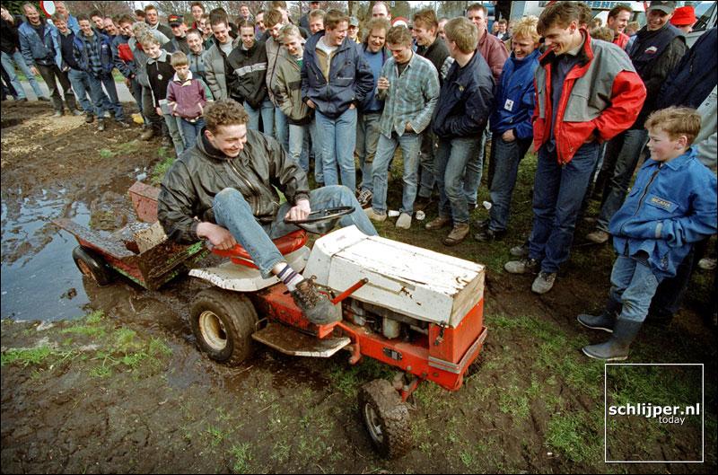 Nederland, Kootwijkerbroek, 7 april 2001.