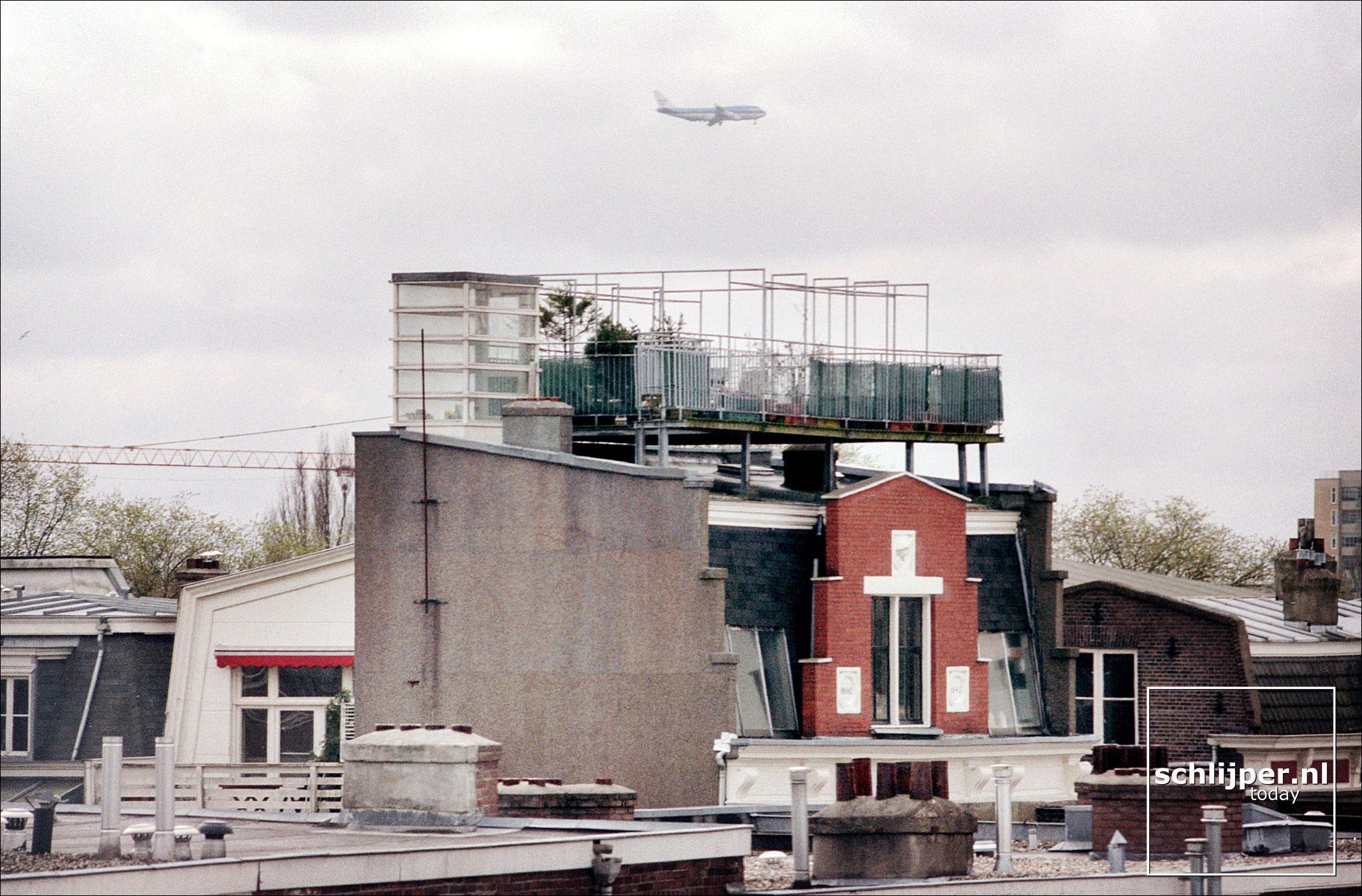 Nederland, Amsterdam, 8 april 2001.