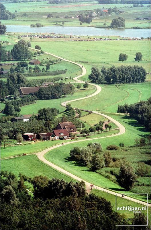 Nederland, Lopik, 14 augustus 2001.