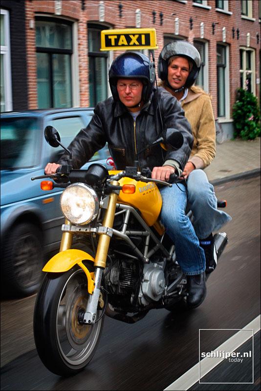 Nederland, Amsterdam, 6 augustus 2002