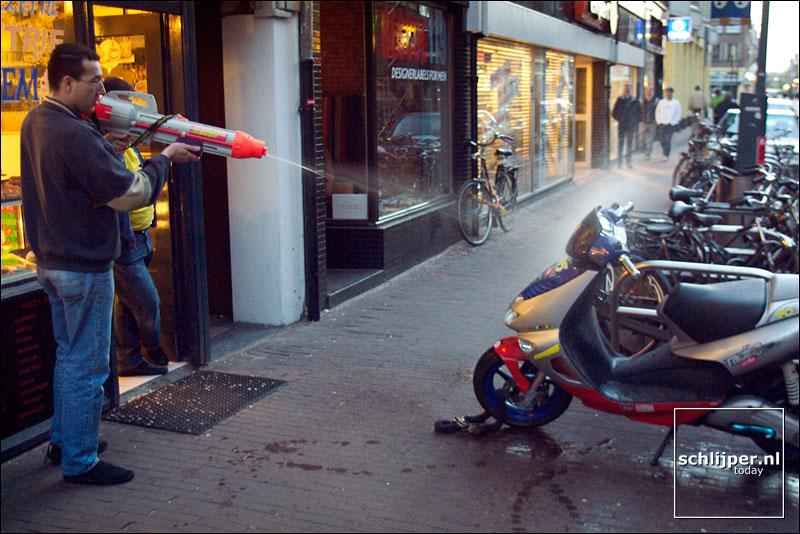 Nederland, Amsterdam, 6 mei 2003