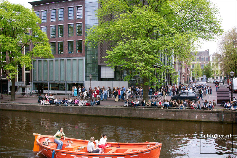 Nederland, Amsterdam, 8 mei 2003