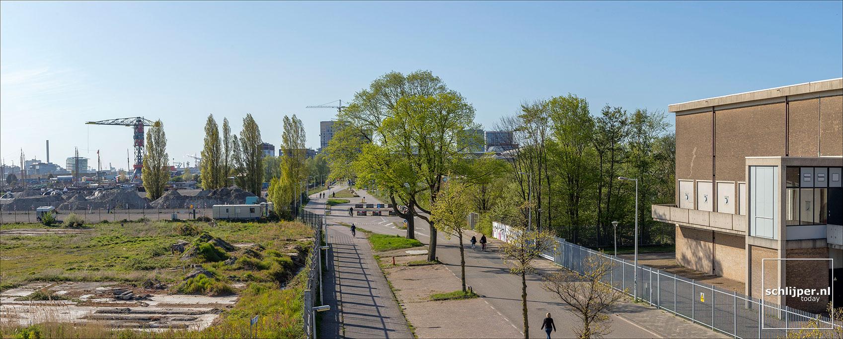 Nederland, Amsterdam, 17 april 2020