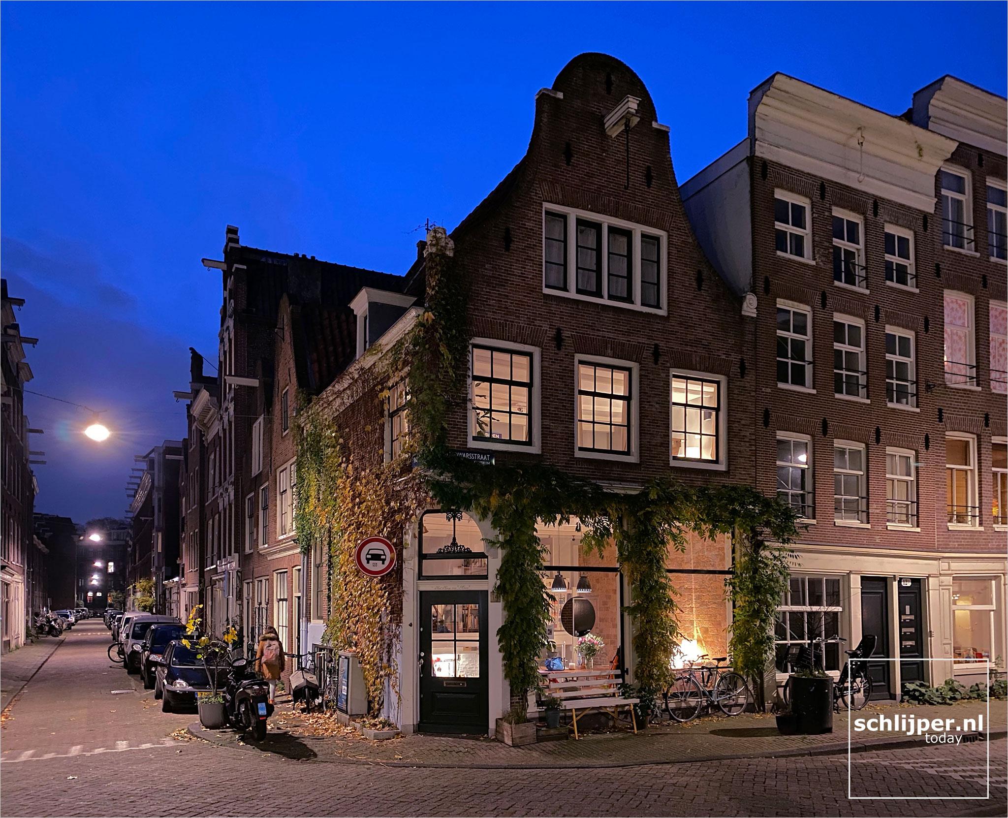 Nederland, Amsterdam, 11 november 2020